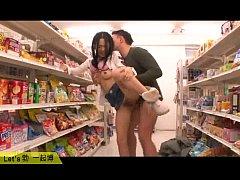 """หนังx""""น้องอ้อย""""โซระ อาโออิ แอบเย็ดกับแฟนในร้านสะดวกซื้อ(ซุปเปอร์มาร์เก็ต)เอากันมันส์มาก"""