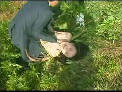 หนังโป๊20+ครอบครัวโรคจิต หลอกสาวออฟฟิศไปฆ่าบีบคอจนตาย ถ่ายวิดีโอโป๊คนเย็ดศพ