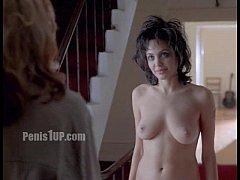 คลิปหลุด นักแสดงหญิงฮอลลีวูด แอนเจลีนา โจลี แก้ผ้า เปลือยเปล่า เห็นนม ฉากหนังที่ถูกตัดออก