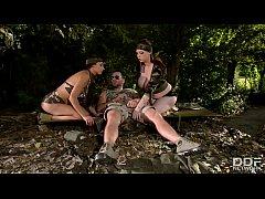 xxxฝรั่งHD2019 สองสาวทหารสุดXเงี่ยนหีจัดไปอ่อยจ่าจนได้อมควยพร้อมให้เลียหีสุดฟินโดนจัดหนักครางลั่นป่า