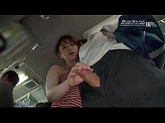 pornxxxญี่ปุ่น สาวใหญ่สุดร่านหีเห็นนักเรียนชายหล่อจัดอยากกินเลยแอบจับควยจนได้อมควยเสียวมาก