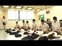 xxxญี่ปุ่น เรียนเพศศึกษาเย็ดหีนักเรียนสาวคาชุดในห้องเรียนเสียงครางเสียวลั่นโรงเรียนหีขาวเนียนฟิตเสียวซื้ด