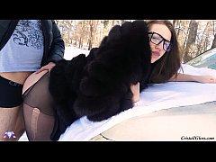 xhamster คู่รักฝรั่งสุด xnxx ท้าความหนาว จอดรถยืนเย็ดหีแฟนสาวท่าหมาท่ามกลางหิมะในป่ากลางแจ้ง