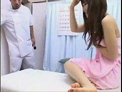 หนังโป๊ญี่ปุ่นเต็มเรื่อง หลอกสาวน้อยวัยใสมาโดนนวดนาบเย็ดหีเนียนขาวไร้ขนโดนเย็ดจนแดง xnxx