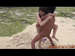 av japan porn ถ่ายคลิปเย็ดหีแฟนสาวริมหาดทะเลกลางวันแสกๆ ยืนเย็ดหีแล้วให้อมควยอมเสียวจนน้ำแตก