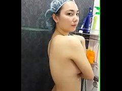 คลิปหลุดxxxสาวไทย ครูปอย หลุดจากมือถือ ผอ.กอล์ฟ ถ่ายเมียตอนอาบน้ำ นมโตขาวจั๊วโครตน่าเย็ด ของจริง