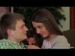 คลิปโป๊ฝรั่ง Russia สาวสวยลูกครึ่งรัซเซีย Foxy Di โดนผัวจัดหนักใน วันวาเลนไทน์ โครตเสียว แตกใน