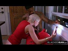BLACKEDRAW ไฮโซสาวฝรั่งไลฟ์สดเย็ดหนุ่มนิโกรสักลายโชว์ชาวโซลเชียลขย่มควยอย่างมันส์