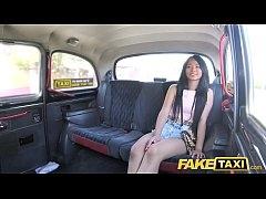 รายการโป๊ฝรั่ง จัดสาวไทยสุดแซ่บ Jureka Del Mar มาเย็ดกับพี่โชว์เฟอร์ของค่าย Fake Taxi