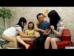 สามสาวนักเรียน ม.ต้นญี่ปุ่นไร้เดียงสา เจอลุงแก่ระยำหื่นหลอกมาเย็ดหี