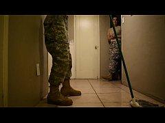 หนังxxxแอบเย็ด พลทหารหนุ่มดวงเฮง จ่าสาวสุดเซ็กซี่มายั่วให้เย็ดในห้องน้ำ
